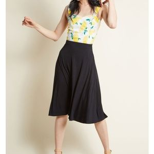L Modcloth Excellence Attained Knit A Line skirt